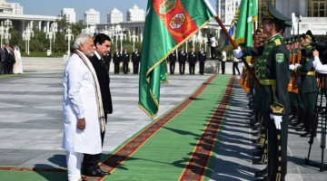 President Berdymuhamedov of Turkmenistan and Prime Minister Modi of India --- Ashgabat, 11 July 2015