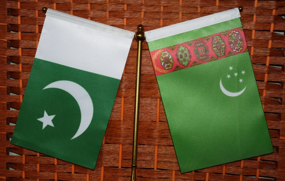 Pakistan-Turkmenistan Flags